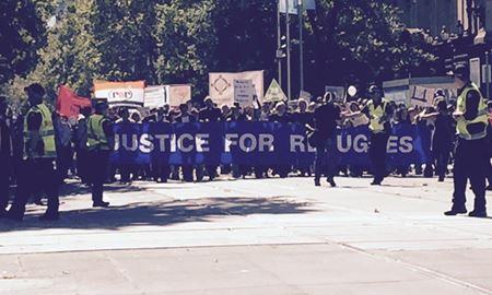 راهپیمایی حمایت از پناهندگان درویکتوریا