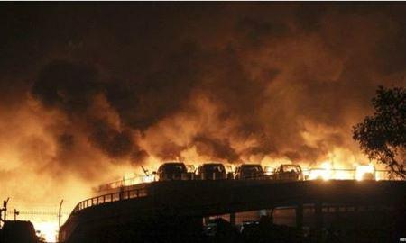 انفجار محموله صنعتی در چین ۱۷ کشته و صدها مجروح برجای گذاشت