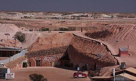 گردشگری استرالیا/آدلاید...استرالیای جنوبی/ کوبر پیدی...شهری در زیر زمین ( Coober Pedy )