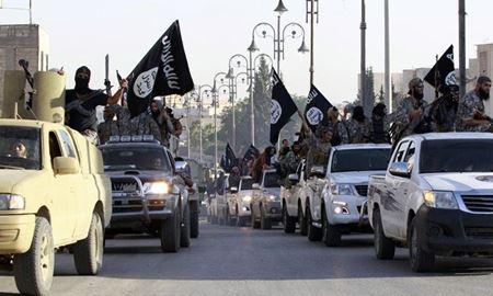 چرا داعش هنوزبا قدرت در مقابل جهان ایستاده است ؟؟؟