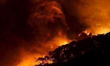 آتش سوزی خانمانسوز در ایالت ویکتوریای استرالیا گسترش یافت