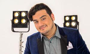 """گفتگو با امیر حسین افتخاری """" برنده مسابقه استیج در شبکه تلویزیون من و تو """""""