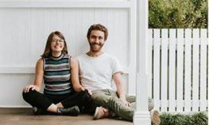 گفتگو با دنیل و لورتا بولوتین، ابداع کنندگان پروژه ای که برای پناهندگان ایجاد اشتغال می نماید/ ابتکار بسیار ارزنده از سوی زوج جوان ملبورنی
