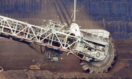 فروش یک معدن ذغال سنگ در استرالیا به قیمت یک دلار !!!