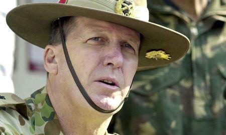 پیتر لی فرمانده سابق ارتش استرالیا نسبت به پیروی کورکورانه از آمریکا هشدار داد
