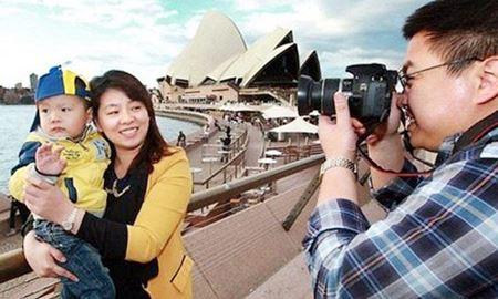 توریست های چینی سالانه بیش از نه میلیارد دلار در استرالیا پول خرج می کنند