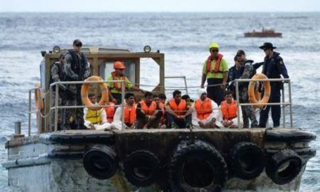 هشدار...چهارماه فرصت برای پناه جویانی که با قایق به استرالیا آمده اند