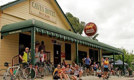 گردشگری استرالیا/شهر زیبای باکن ...ایالت ویکتوریا / شهر زیبای و روستای باکن ( Buchan )