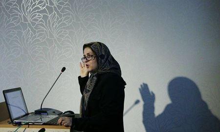 میمنت حسینی چاوشی، استاد جمعیتشناسی و محقق در دانشگاه ملی استرالیا در فرودگاه ایران بازداشت شد