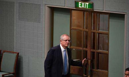 تعطیلی زودهنگام پارلمان استرالیا برای ایام کریسمس مانع رای گیری در مورد مانوس و نائورو شد
