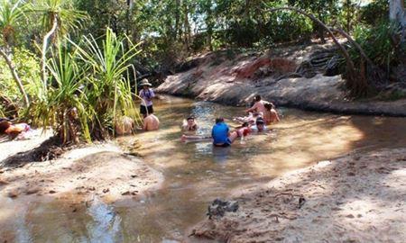 گردشگری استرالیا/ایالت کوئینزلند..Nettle Creek, QLD/چشمه های آب گرم (Innot Hot Springs )