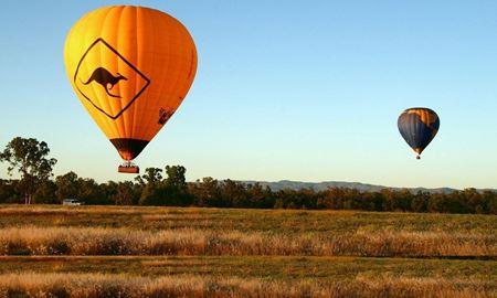 گردش و بالنسواری برای سفر به ۱۸ کشور دنیا بویژه کوه های استرالیا