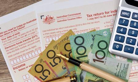 اطلاعیه/شهروندان استرالیا باید درآمدهای خارجی خود را اعلام کنند