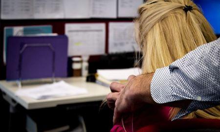 زور گویی و آزار جنسی در میان کارکنان دولت در جنوب استرالیا