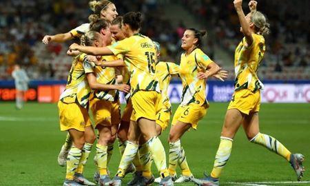 بازتاب خوب یک جنبش/ دستمزد فوتبالیستهای مرد و زن در استرالیا برابر می شود