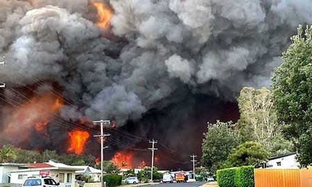 آتشسوزی جنگلهای استرالیا تا کنون سه کشته برجای گذاشته است