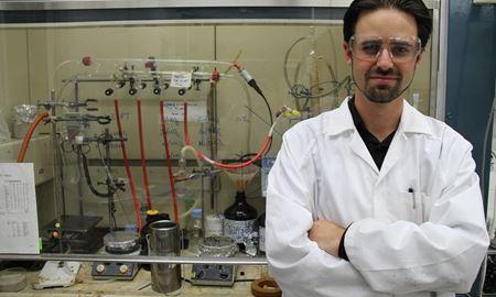محققان استرالیا/اتومبیل های برقی با کریستال های جادویی فعال می شوند