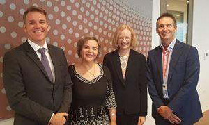 """پیام ویژه خانم """"جنت یانگ"""" مدیر ارشد وزارت سلامت ایالت کویینزلند در خصوص بحران شیوع ویروس کرونا در استرالیا ، گفتگو اختصاصی رادیو نشاط با خانم نسرین وزیری جامعه شناس در کوئینزلند و عضو جامعه  چند فرهنگی استرالیا"""