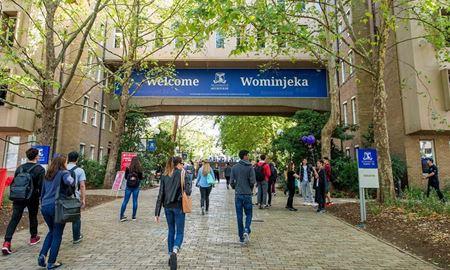 در شرایط کرونا میلیاردها دلار به دانشگاههای استرالیا خسارت وارد شد