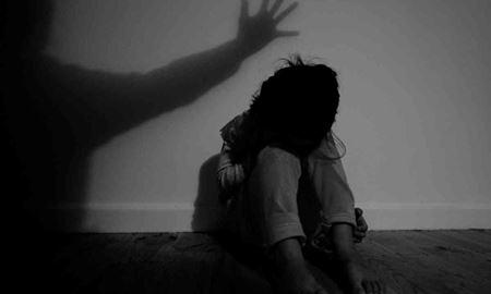 اذیت و آزار جنسی یک دختر 14 ساله  پس از بستن چشمان و انتقال وی به محلی دیگر در استرالیای غربی