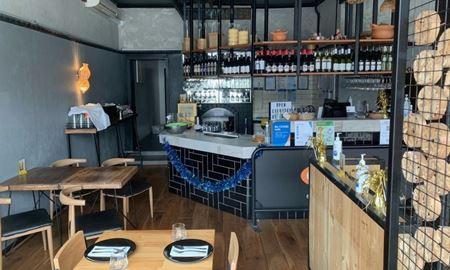 یک رستوران در بلکراک؛ منشأ انتشار کروناویروس در ویکتوریا
