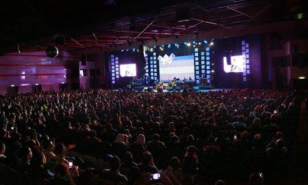 برگزاری کنسرت در جزیرههای ایران به رغم شرایط کرونایی