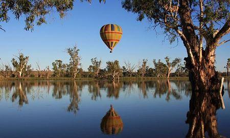 گردشگری استرالیا/ بالون سواری به همراه صرف صبحانه در باروسا ولی( Barossa Valley)  در شهر آدلاید
